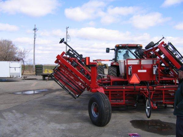tractor application engineer